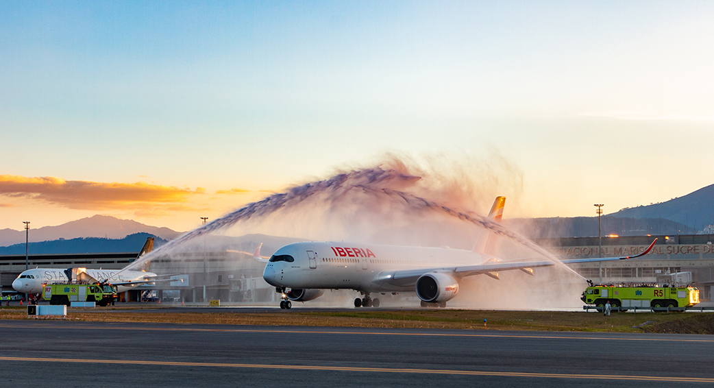 Iberia begins to operate its Airbus 350 at Quito Airport